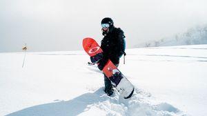 Превью обои сноуборд, девушка, снег, сноубордист, доска, спортивная экипировка, зима, зимний спорт