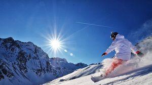 Превью обои сноуборд, снег, горы, солнце, адреналин