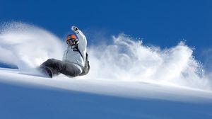 Превью обои сноуборд, спуск, экстрим, снег, равновесие