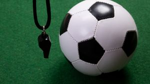 Превью обои свисток, мяч, футбол, спорт