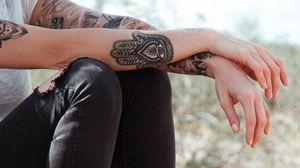 Превью обои татуировки, руки, ноги, одежда, стиль
