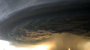 Превью обои торнадо, небо, воронка, дорога, поле