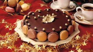 Превью обои торт, сладкое, десерт, шоколад, глазурь, праздничный стол, кофе, бокалы