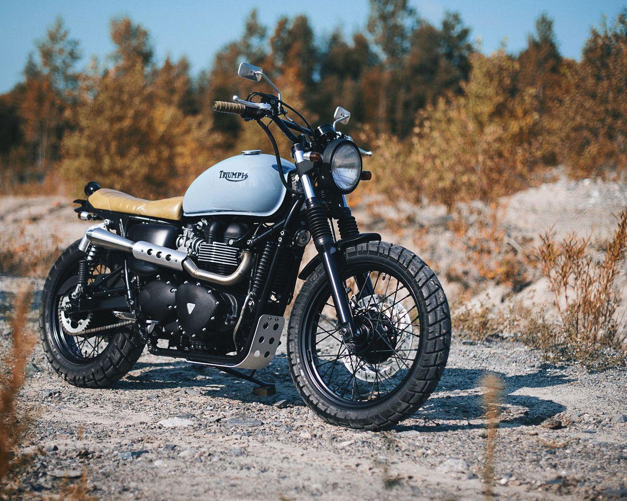 1280x1024 Обои triumph, bonneville, мотоцикл, вид сбоку