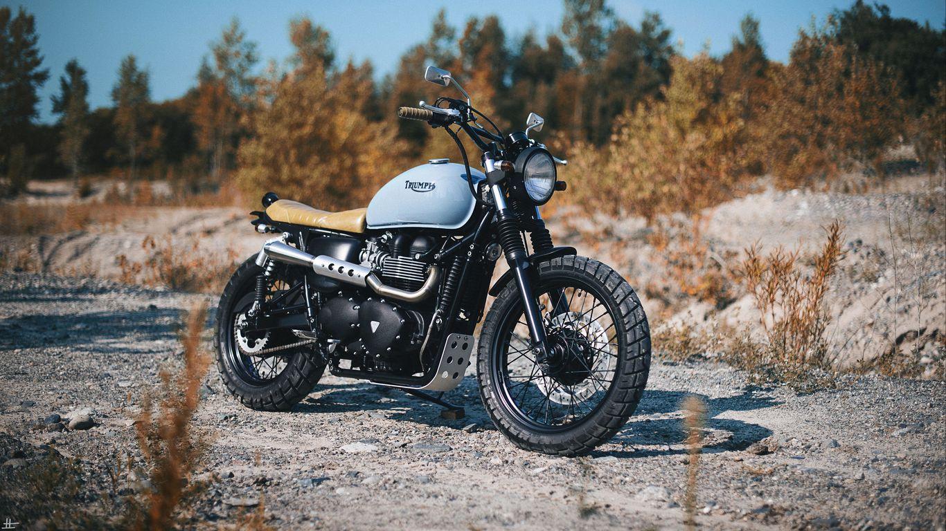 1366x768 Обои triumph, bonneville, мотоцикл, вид сбоку
