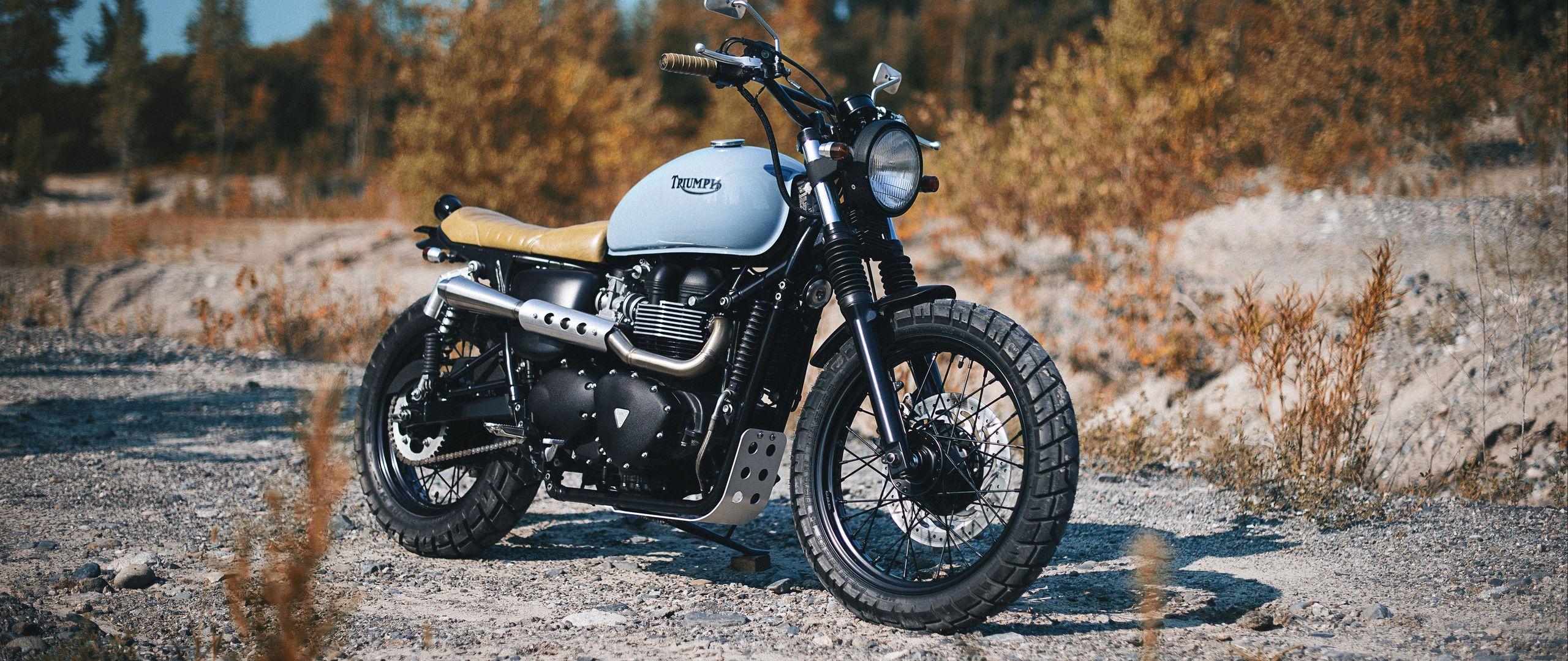 2560x1080 Обои triumph, bonneville, мотоцикл, вид сбоку