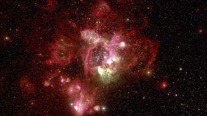 Превью обои туманность, красная, хаббл, телескоп