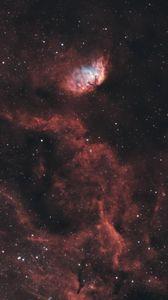 Превью обои туманность тюльпан, туманность, свечение, звезды, космос, красный