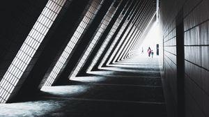 Превью обои туннель, силуэты, люди, архитектура, треугольный