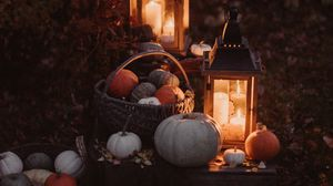 Превью обои тыква, корзина, фонари, осень, свечи, свет