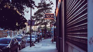 Превью обои улица, город, вывески, тротуар, машины, здания