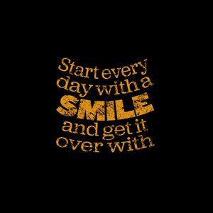 Превью обои улыбка, цитата, фраза, слова, желтый