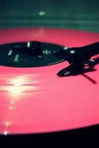 Превью обои винил, пластинка, розовый, игла, проигрыватель