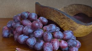 Превью обои виноград, ягоды, гроздь, фрукт