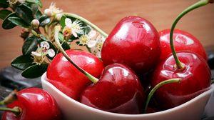 Превью обои вишня, ягоды, цветы