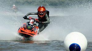 Превью обои водный мотоцикл, экстрим, буй, море, костюм, шлем