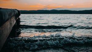 Превью обои волна, брызги, вода, море, прибой