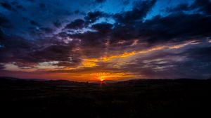 Превью обои восход, рассвет, облака, горизонт, небо