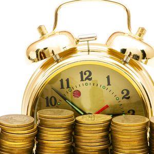 Превью обои время, деньги, монеты, белый фон