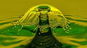 Превью обои всплеск, брызги, жидкость, макро, цветной
