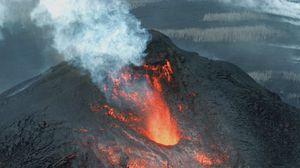 Превью обои вулкан, извержение, лава, кратер