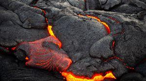 Превью обои вулкан, лава, поверхность, огненный, неровности