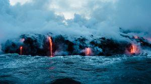 Превью обои вулкан, море, лава