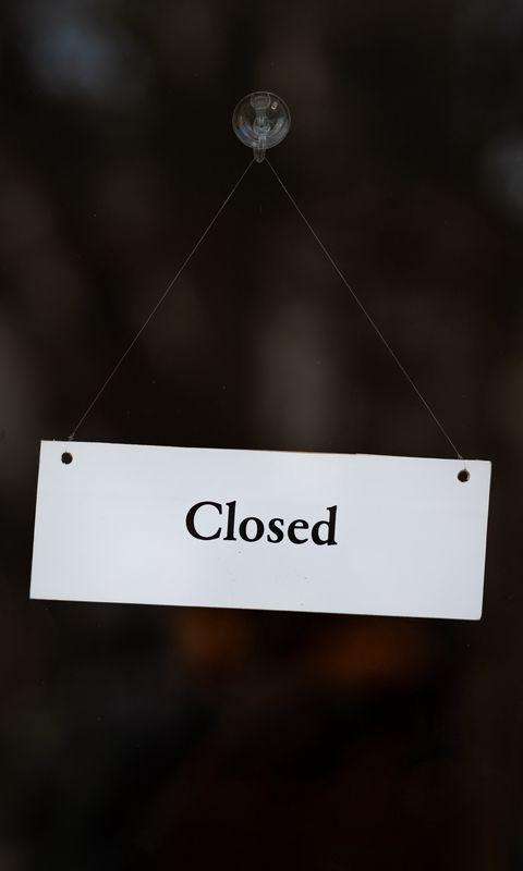 480x800 Обои закрыто, вывеска, дверь, надпись, слово