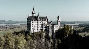 Превью обои замок, здание, архитектура, старинный, холм, лес