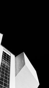 Превью обои здание, архитектура, ночь, черно-белый, черный