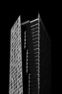 Превью обои здание, архитектура, окна, черно-белый, черный
