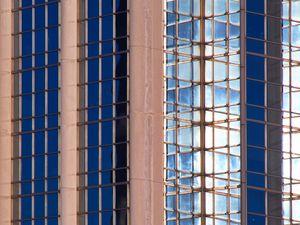 Превью обои здание, архитектура, стекло, отражение, фасад