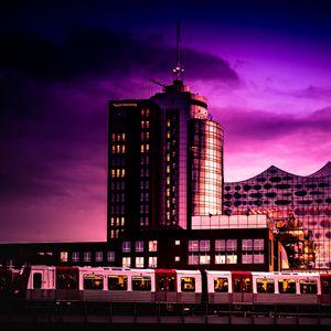 Превью обои здание, архитектура, сумерки, фиолетовый, темный