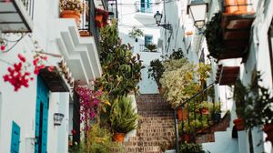 Превью обои здания, лестница, переулок, архитектура, город