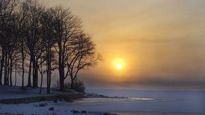 Превью обои зима, озеро, лед, снег, деревья, солнце, рассвет
