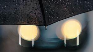 Превью обои зонт, капли, дождь, блики, боке