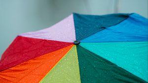 Превью обои зонт, разноцветный, дождь, капли