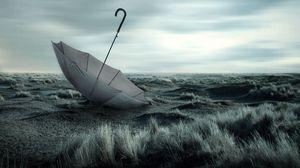Превью обои зонт, трава, природа, пасмурно