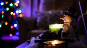 Превью обои снеговик, рождество, свечи