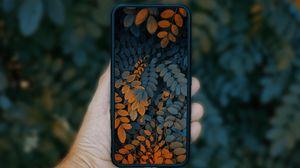 Превью обои телефон, смартфон, рука, листья, фото