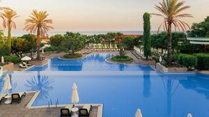 Превью обои тропики, курорт, пальмы, бассейн