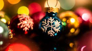 Превью обои украшения, шары, новый год, рождество, праздники