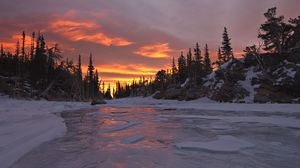 Превью обои закат, деревья, небо, снег